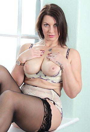 Big Tits Stockings Porn Pictures